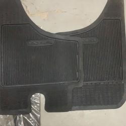 Коврики резиновые (комплект на перед)