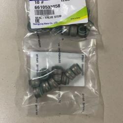 Колпачки маслосъемные А6610533058 фирменные